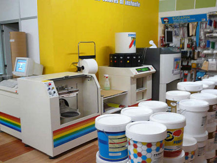Maquina colores Decoración e Industria